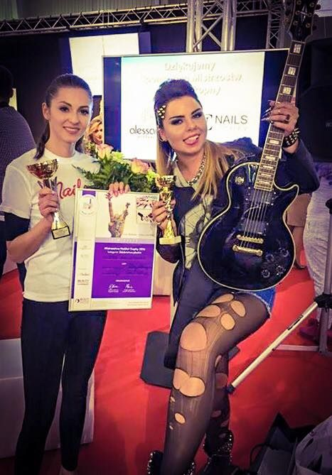 Milena Malinowska - Indigo Warszawa zdobyła wczoraj V-ce mistrzostwo 2016 w kategorii Nail Trophy Rock Star! #nails #nail #champion #indigo #trade #fair #the #best #team #ever #wow #omg