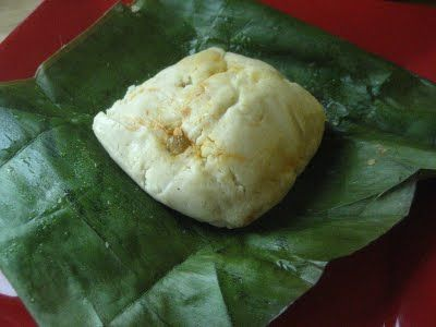 Ayacas de Pollo: Ecuadorian Chicken Tamales wrapped in Banana Leaves