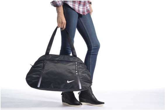 Borsa da palestra Nike Auralux Solid Club training bag Sac de sport immagine dal basso