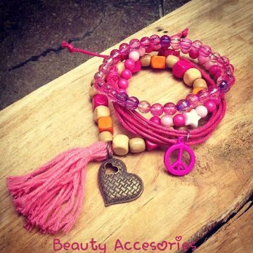Gelang Peace IDR 25.000