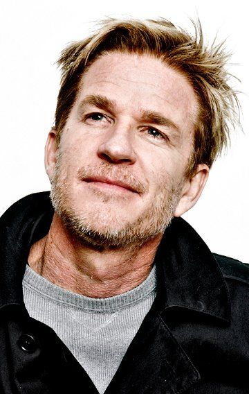 Matthew Modine... Looks a bit like Chris (in the nose)
