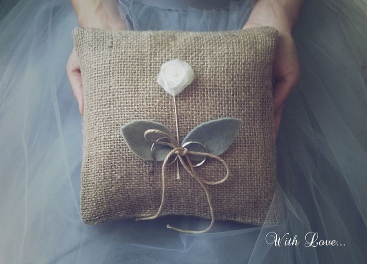 Jute Wedding Ring Pillow - Get ready to fall in love with this vintage style wedding!