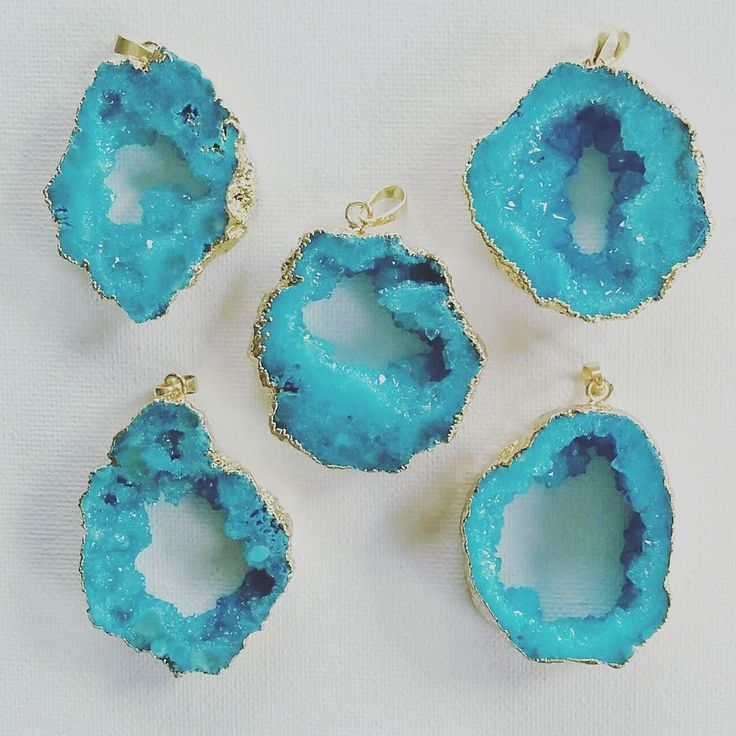 Check out our Surf clothing here! http://ift.tt/1T8lUJC blue slice geode pendant  今回のカットはこちら  全て一点物ですのでお気に入りの形を見つけたらお早めに  本日追加発売予定です  #peaceshore #surf#surfstyle #surflife #sea#blue #geode#stone#resale #pendant#accessory #fashion #naturalstone#necklace #beach #beautiful #ronherman #chershore #origami #hawaii  #アクセサリー#ファッション#海#スライスジオード#天然石#パワーストーン #南国#ネックレス#青