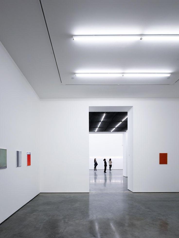 Paul Riddle Photographer – White Cube Gallery Bermondsey London