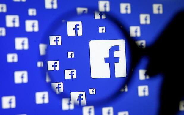 Download Aplikasi Facebook For Android & Blackberry Terbaru