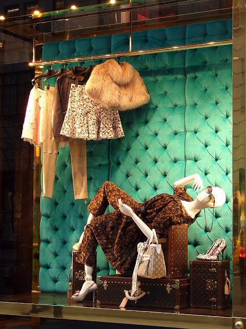 Louis Vuitton: The Collectors (Spring 2011)