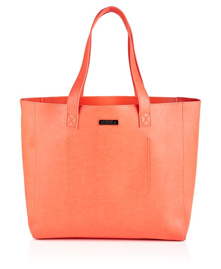 #superdry Superdry women's Elaina tote bag. This classic shape tote bag features subtle Superdry branding. The versatile Elaina tote bag has a handy removable liner bag, which is complete with zip fastening, two poppers to secure it to the main bag and a single zipped compartment. The main bag has a small inner slip compartment. Approximate capacity 13.5 litres H 37cm x L 38cm x D 14cm 318524450005401R007 Pink Condition | new