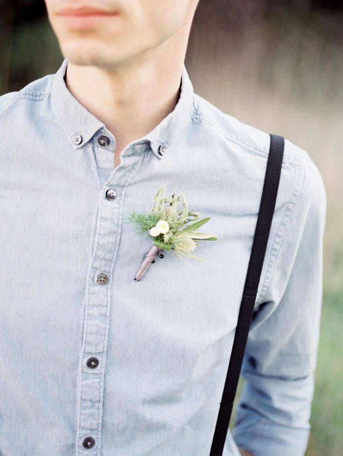 Casual groom | casual groomsmen | suspenders | Natural wedding | organic wedding boutonniere |  Blooms by Breesa Lee | Kinfolk wedding | Whiskers and Willow Photography