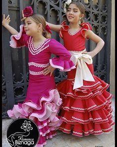 Hoy le vamos a dedicar el día a nuestras flamencas más peques! Para recordaros que tenemos una extensa colección para ellas tanto en nuestro taller como en la web www.flamencabiznaga.es! Y además contamos con una sección #outlet a precios de escándalo! . . #trajeflamenca #trajesflamenca #trajedeflamenca #trajegitana #trajedegitana #moda #modaflamenca #modademalaga #malaga #andalucia #sevilla #arte #confeccion #entrevolantes #entrelunares #modaandaluza #instaflamenca #flamencadres