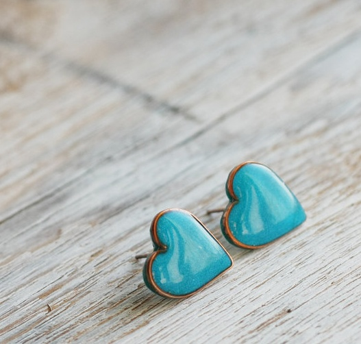turquoise heart earrings http://eventsbyclassic.com