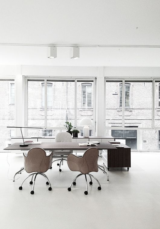 Silver blonde. My ideal office-would def inspire creativity