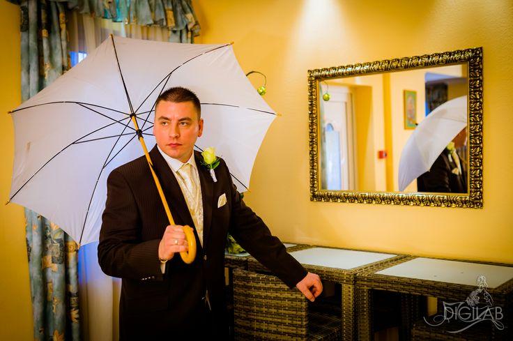 A vőlegény, esküvő, kreatív fotózás, #wedding, #eskuvo, http://www.digilab.hu