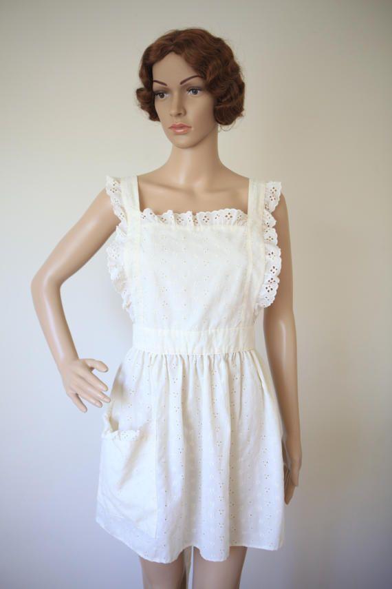 Cream Lace Eyelet Apron Cotton Pinafore Vintage Women's