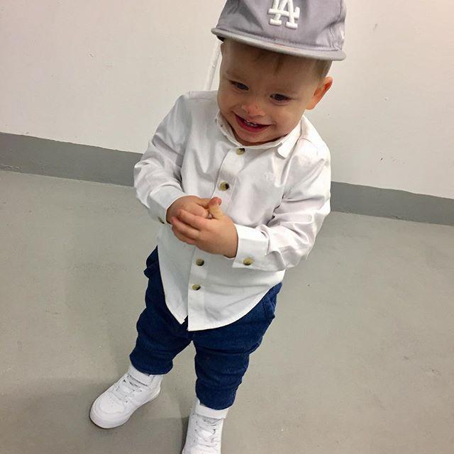 #outfit #kidoutfit #kids #child #la #white #shoes #kidshoes #model #boy #instachild #cap #mylittleman #fashionchildren #fashionkid #insta #dziecko #instadziecko #kidstyle