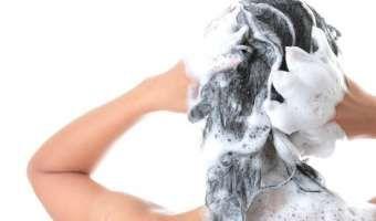 Shampoo con bicarbonato para evitar la caída de cabello y para hacerlo crecer
