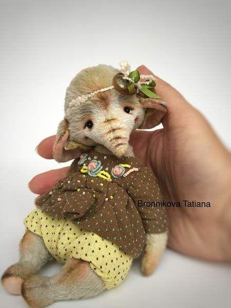 Leah By Bronnikova Tatiana - Bear Pile