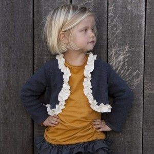 organic clothes for kids...i could kinda careless about those but this girls hair is suppppper cute :)