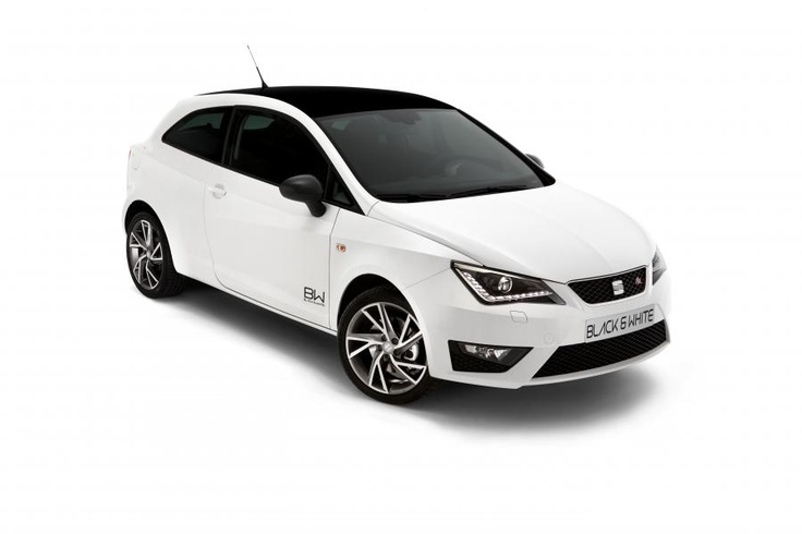 nouvelle seat ibiza black white s rie sp ciale. Black Bedroom Furniture Sets. Home Design Ideas