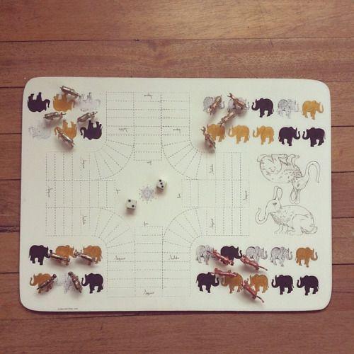 Lets play!!! Tablero de parqués ilustrado a mano, pieza única #himallineishon #game #handmade #homedecor