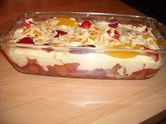 Zalige Trifle Met Mascarpone, Advocaat En Fruit recept | Smulweb.nl