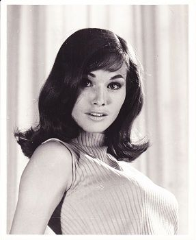 The gorgeous Lori Saunders in the 1960s.