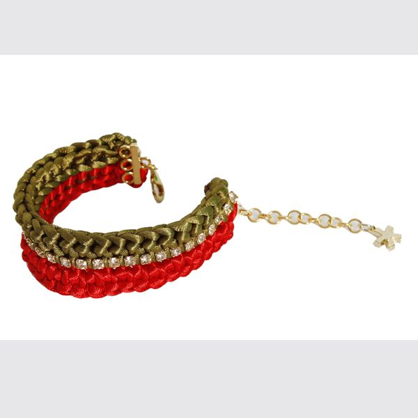 #whoswho #greenbird #abudhabi #abudhabistyle #abudhabifashion #dubai #dubaistyle #dubaifashion #marinamall #womenswear #casualwear #spring2014 #summer2014 #springsummer2014 #ss14 #accessories #bracelet #chunkybracelet #goldbracelet #tedandgold #bejeweled #bejeweledbracelet #beadedbracelet
