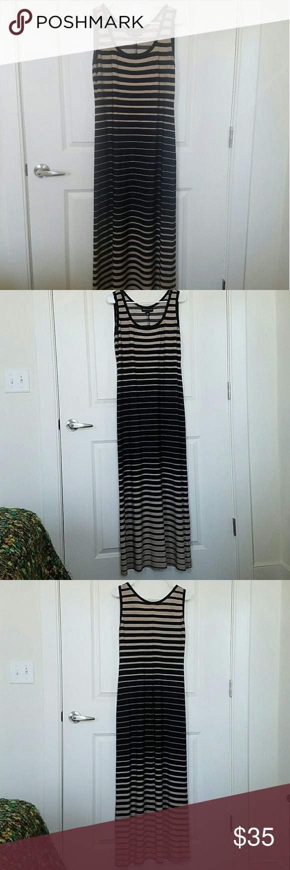 Connected Apparel size 10 stripped maxi dress Black and khaki stripped maxi dress. No snags or tear Dresses Maxi