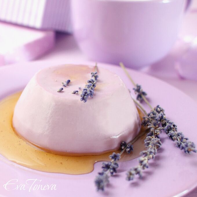 Uhm, yum-- lavender and honey panna cotta