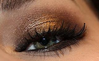 smokey, gold eye makeup