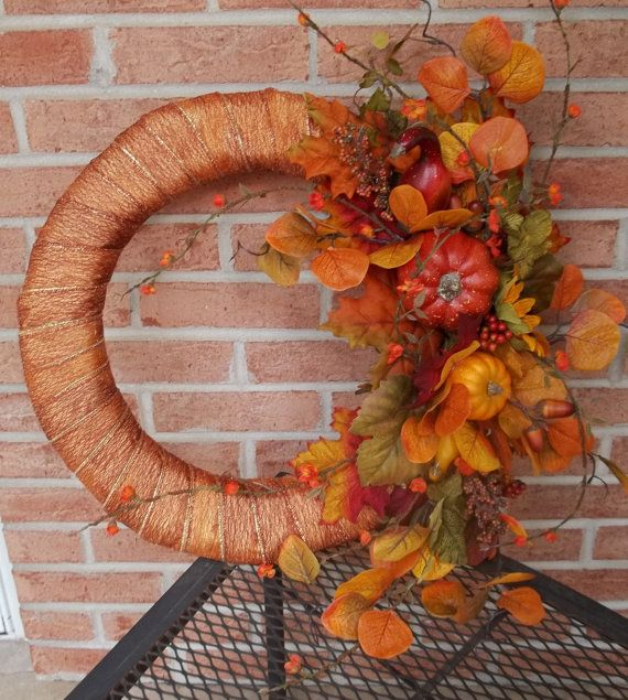 Fall Wreath Make it where you Swap out the flowers for something orange  blue for the Gators  it can be used throughout the football season  the fall.