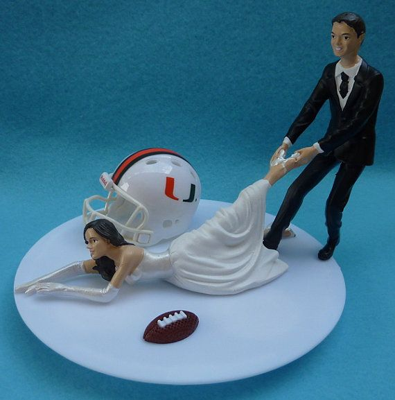wedding cake toppers miami fl 17 best images about the u on football 26535