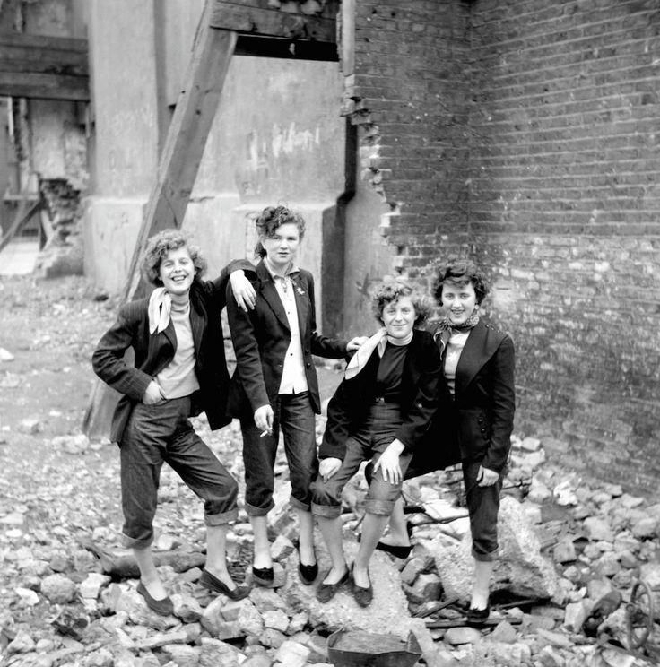 Ken Russell's Brilliant Photos of Teddy Girls from 1955 - 1950s Post War England and London.Elsie and Rose Hendon with Mary Toovey and Jean Rayner on an East End bombsite.