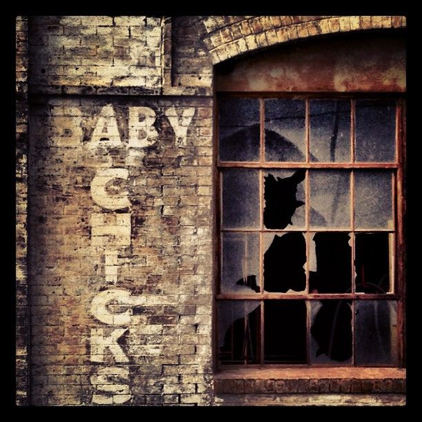 81 best images about brick wall signs ghost signs on pinterest old signs advertising and ghosts. Black Bedroom Furniture Sets. Home Design Ideas