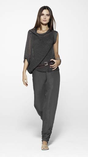 has a eileen fisher vibe.  i'm liking this designer - sarah pacini