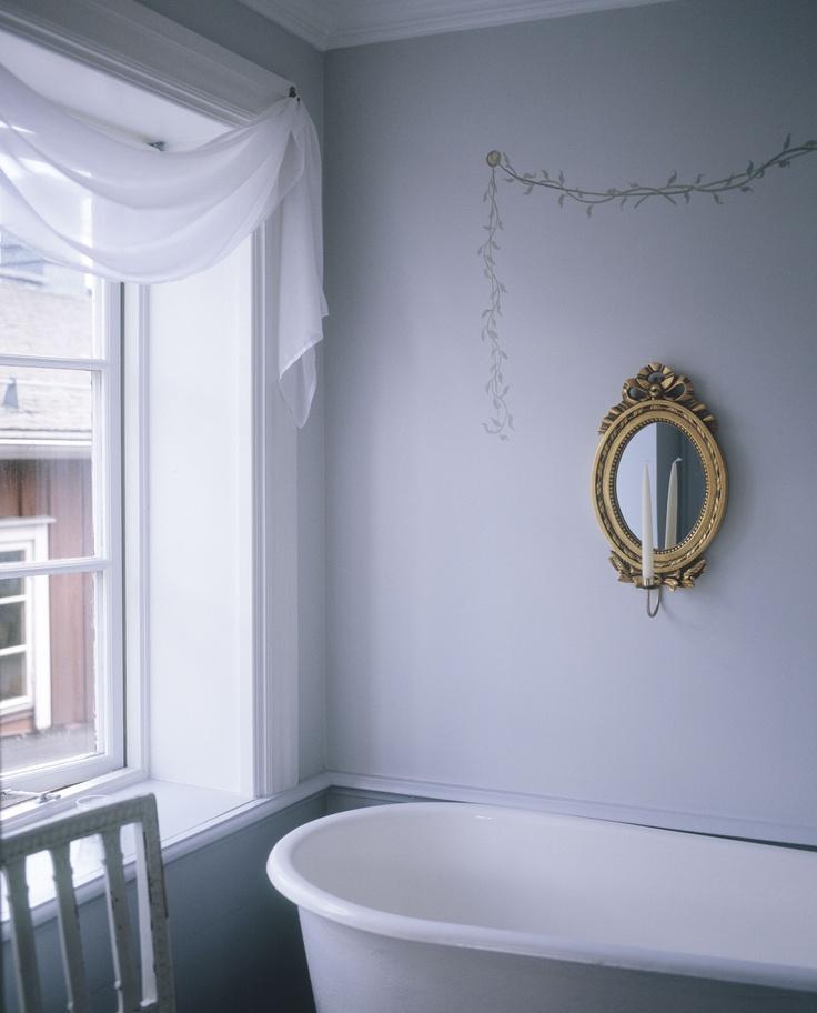 Romantic bath at c/o Grythyttan Inn.