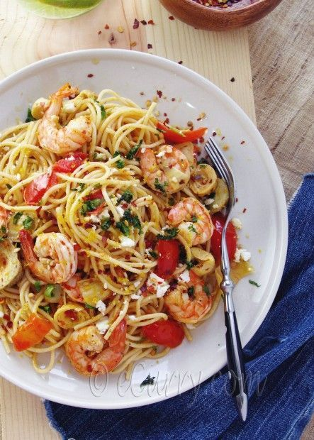 pasta + shrimps + feta + tomato + artichokes