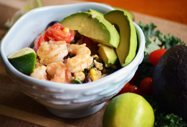... easy clean burrito bowls made with kale, black beans, & corn. Serves 4
