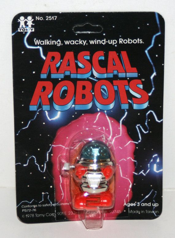 """1978 Tomy Corp 'RASCAL ROBOTS' 2"""" High Plastic Wind-up Robot in Original Package"""