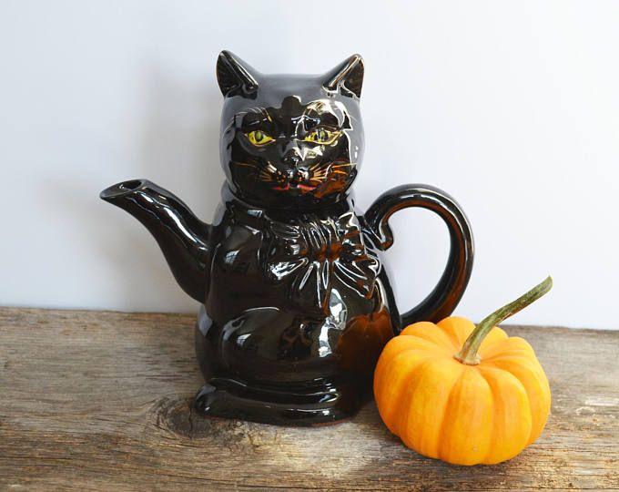 Vintage Black Cat Teapot, Shafford Japan, Redware Teapot, Cat lover gift, Halloween Decor, Vintage Halloween
