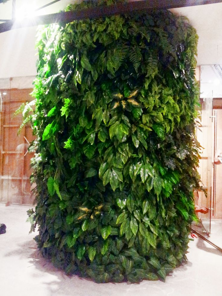 Artificial Plant Greenwall @ Epicurious in Shangri-La Plaza, Philippines