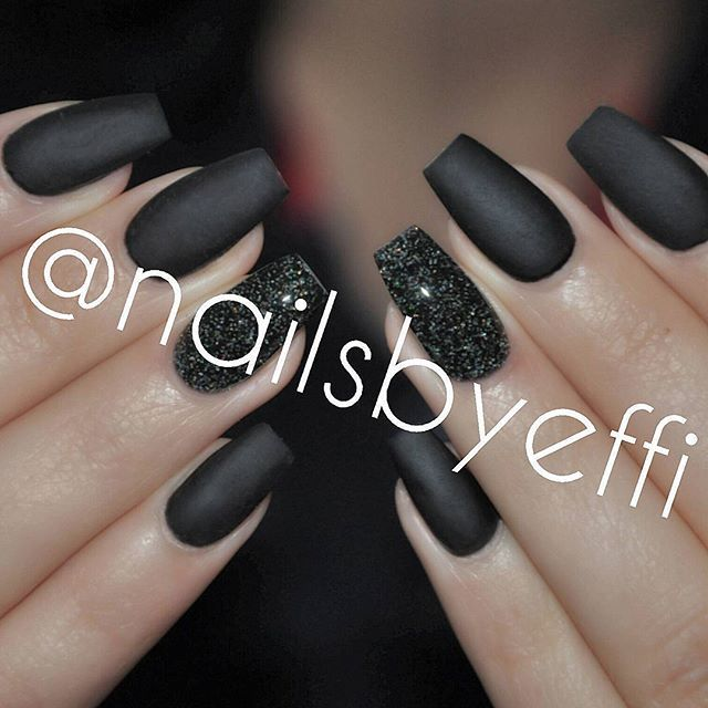 Matte Black with Black Diamond glitter♥♥♥ @nailsbyeffi #gelnails #gelenaglar…