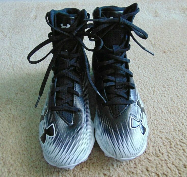 New under armour highlight black white football cleats