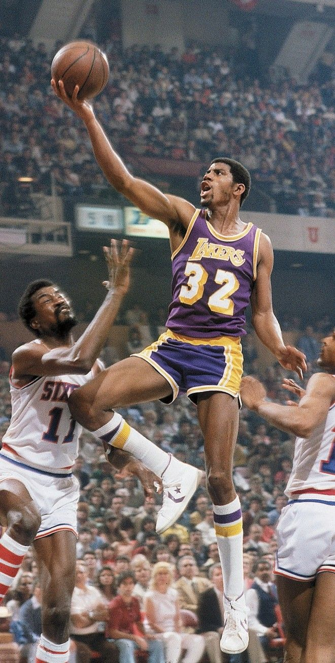 young magic johnson against de sixers. nba finals 1980