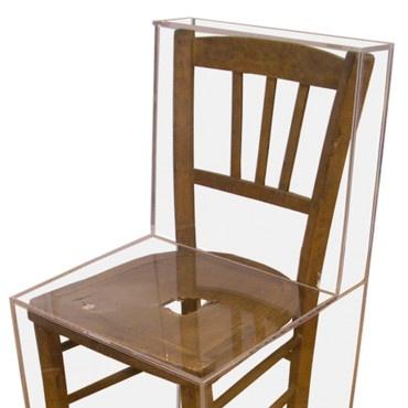 Objet déco chaise Renoma Collection Plexi                                                                                                                                                                                 Plus