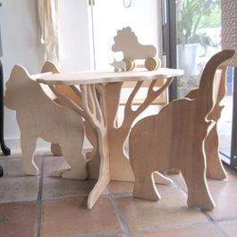 Safari table and chairs.