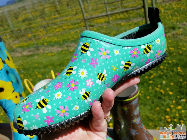 Western Chief Skimmers - Spring and Fall 2016 Boot Trends: Western and Chooka Boots #TulipBoots ad