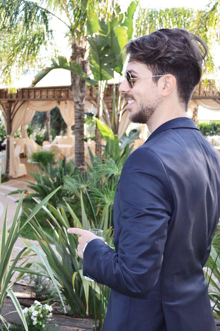 Fabrizio Putrino, Wearing sunglasses Rayban ; jacket Zara