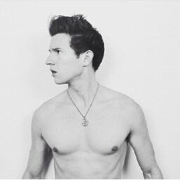 (Ricky Dillon) hey I'm Ricky. I'm 17, single but crushing. I'm a YouTuber. I'm addicted to drinking and drugs. Introduce?