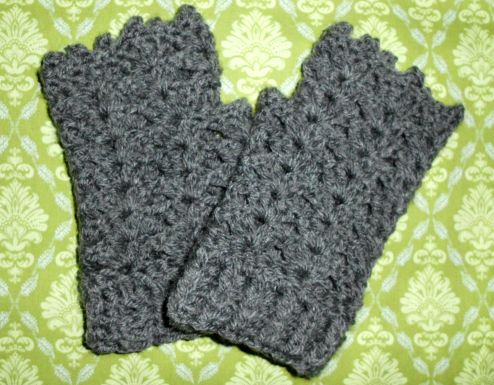 Fingerless Shell Gloves by lydienne What you'll need about 50 g of DK weight yarn 4.00mm hook scissors yarn needle Pattern Round 1: 24 fsc, join with sl st Note:If this doesn't fit you…
