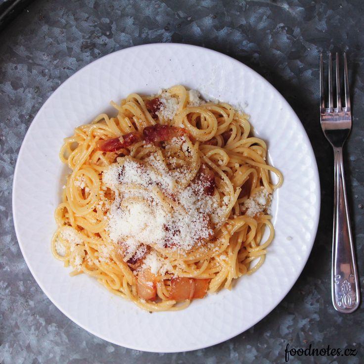 Jednoduchý domácí recept na spaghetti alla carbonara